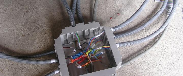 le kit électrique pour faire soi-même son installation électrique - Realiser Son Installation Electrique Maison